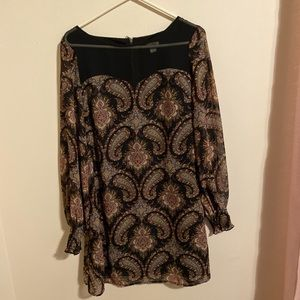 Brown paisley dress long sleeve size M
